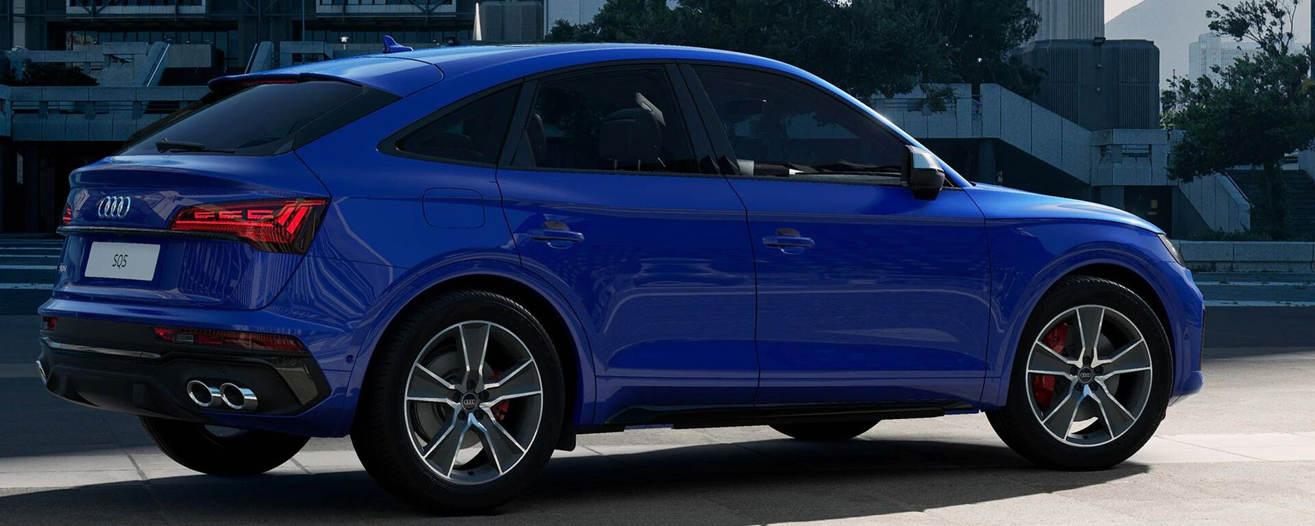 Audi SQ5 Sportback 2021 in Ultrablau Metallic